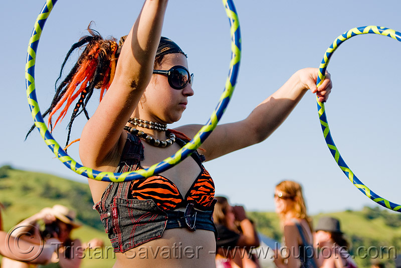 ellie with two hoops, hula hoops, people, woman