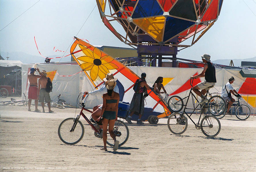 esplanade - bicycles - landsailing - burning-man 2003, art, burning man, landboard, landsailer, speedsail, speedsailing, windsurfing