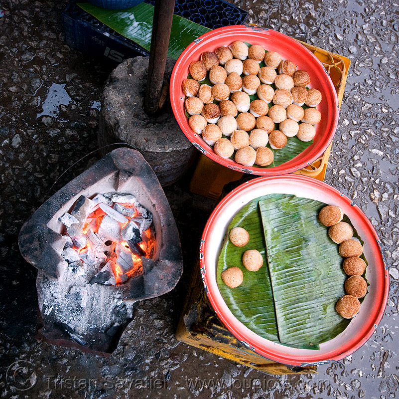 excellent fresh little cakes on the market - luang prabang (laos), cakes, cooking, fire, luang prabang, market