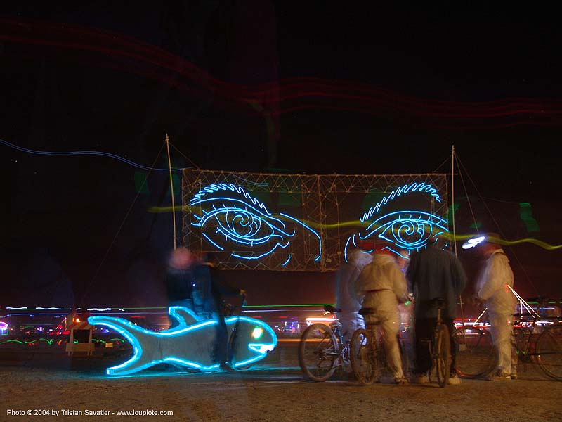 eyes-of-gawd-burning-man-2004, art, burning man, el-wire, electroluminescent wire, night