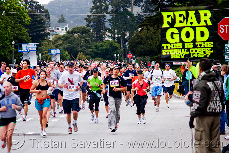 fear god sign - bay to breakers (san francisco), bay to breakers, crowd, fear god, festival, footrace, runners, sign, street party