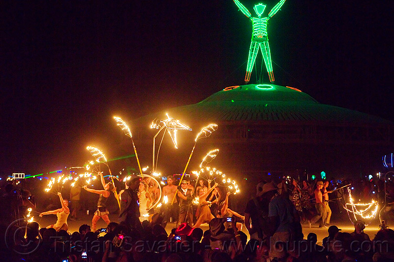 fire conclave - burning man 2013, burning man, fire conclave, fire dancers, fire dancing, fire performers, fire spinners, fire spinning, night of the burn, the man