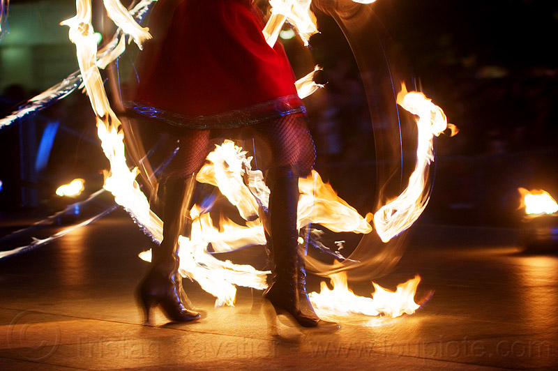 fire dancing expo (san francisco), fire dancer, fire dancing expo, fire performer, fire spinning, flames, long exposure, night, spinning fire, temple of poi