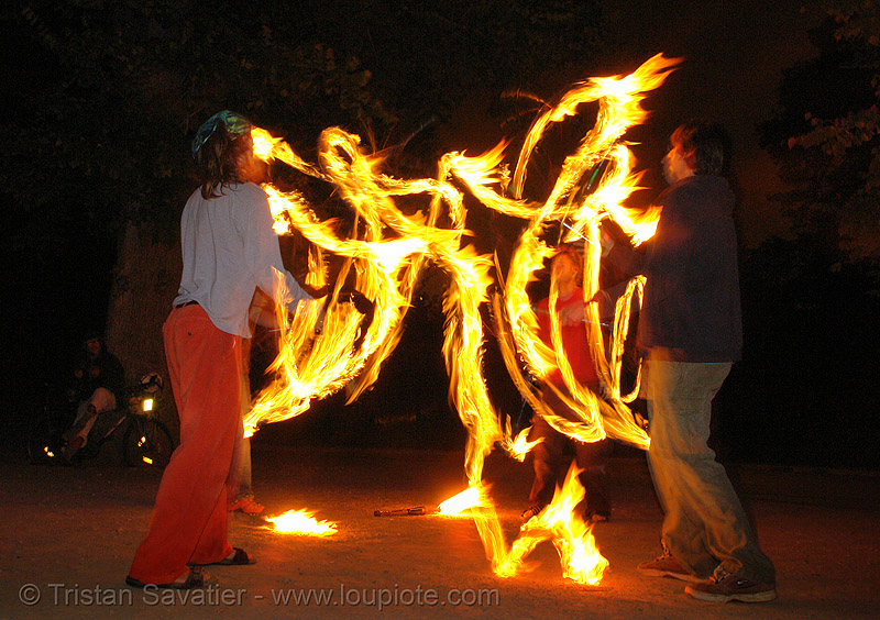 fire jugglers (san francisco), burning, fire clubs, fire jugglers, flames, juggling clubs, long exposure, night