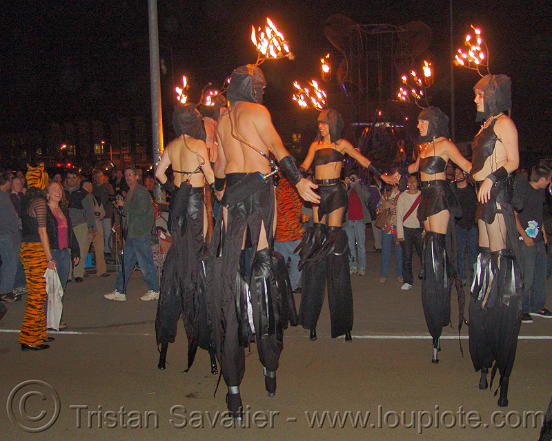 fire performers on stilts, fire art, fire arts festival, flames, stilts, stiltwalkers, stiltwalking, the crucible