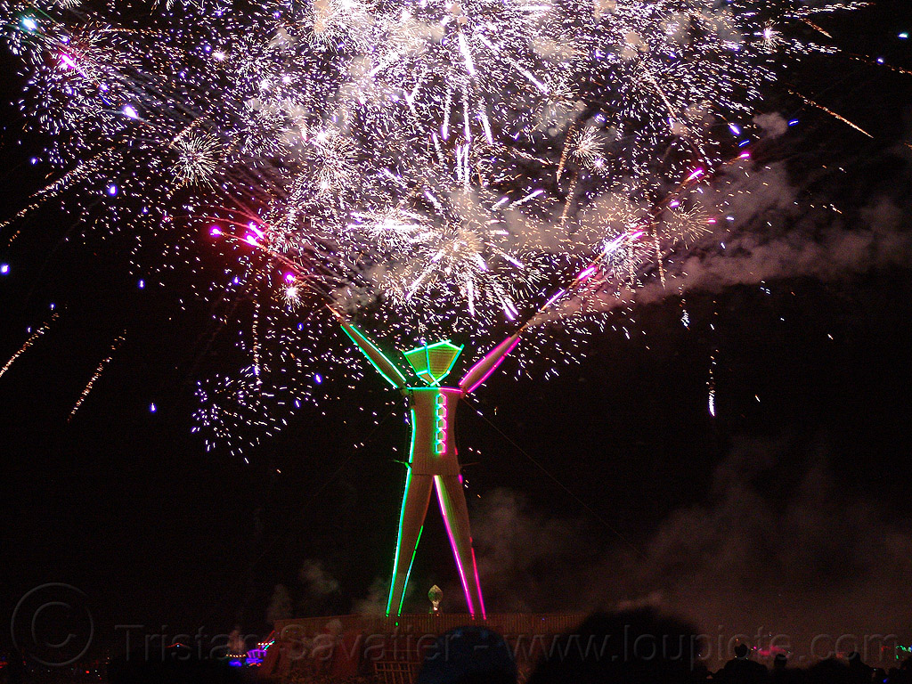 fireworks show on the night of the burn - burning man 2015, pyrotechnics, the man