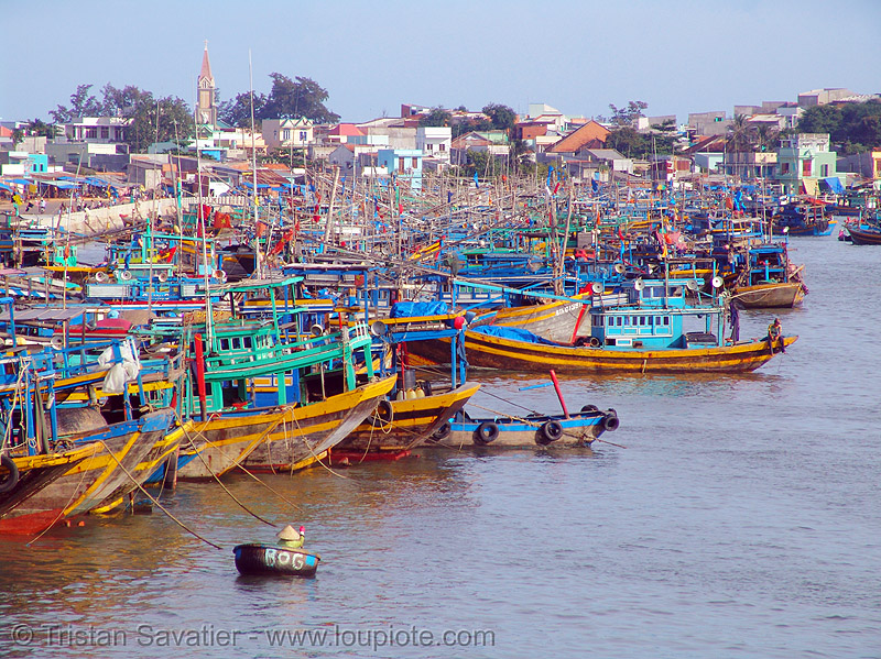 fishing trawlers moored in phan thiet harbor - vietnam, colorful, fishing boats, fishing trawlers, harbor, mooring, phan thiet, vietnam