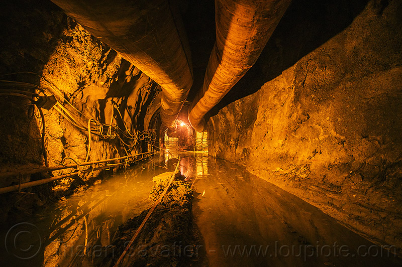 flooded industrial tunnel - lanco hydro power project - teesta river - sikkim (india), adit, air ducts, flooded, hydro-electric, industrial, infrastructure, pipes, sikkim, teesta, tista, trespassing, tunnel, urban exploration, urbex, water, wiring
