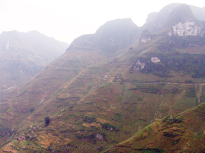 foggy mountain landscape (vietnam), foggy, mountains, vietnam