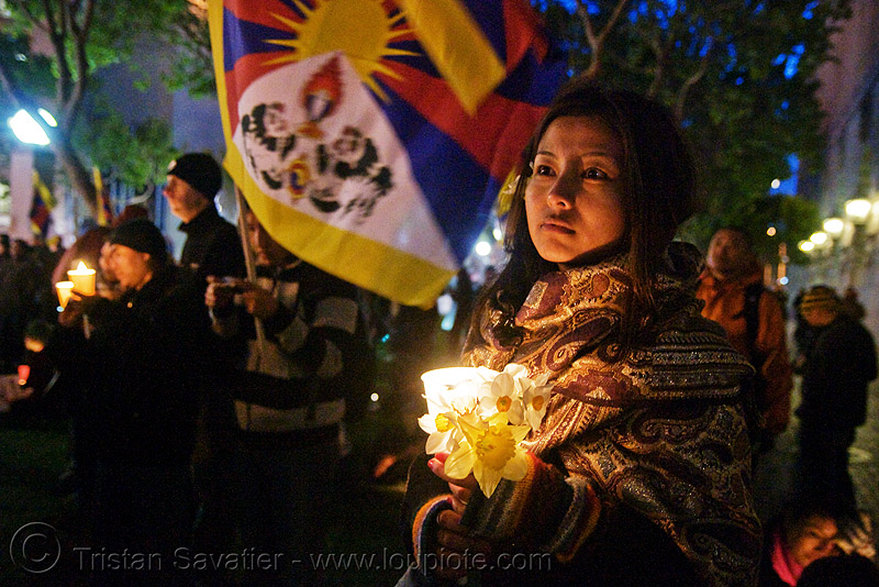 free tibet / anti-china protests (san francisco), candle, candle lights for human rights, candlelight vigil, cia, flag, night, people, propaganda, rally, tibetan, tibetan independence, usa, woman