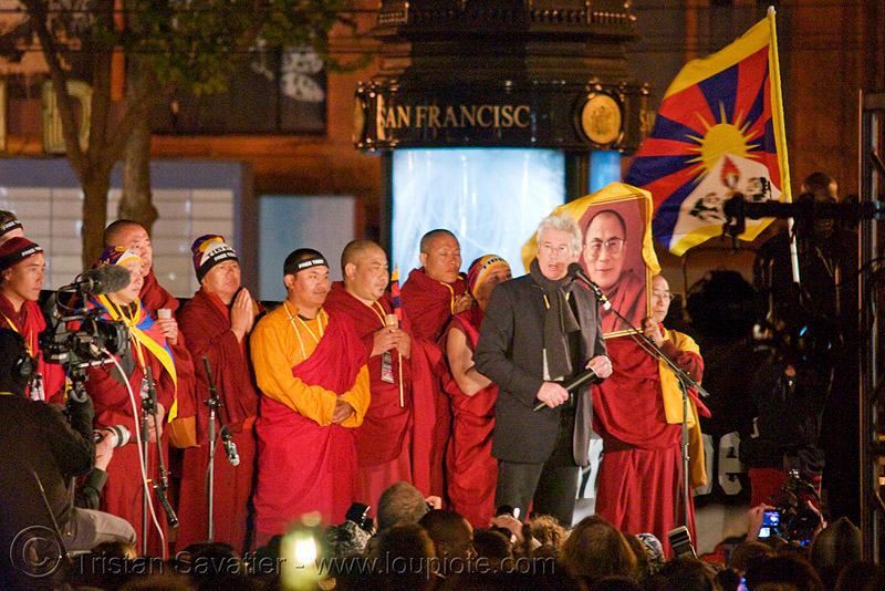 free tibet / anti-china protests (san francisco), bhagwa, buddhist monks, candle lights for human rights, cia, flag, gere, people, propaganda, rally, richard, richard geer, richard gere, saffron color, tibetan, tibetan independence, usa