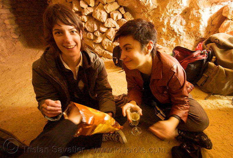 gaëlle and alyssa - catacombes de paris - catacombs of paris (off-limit area), androgynous, candles, cataphile, cave, couple, gaëlle, girls, new year's eve, new year's eve 2008, people, underground quarry, women