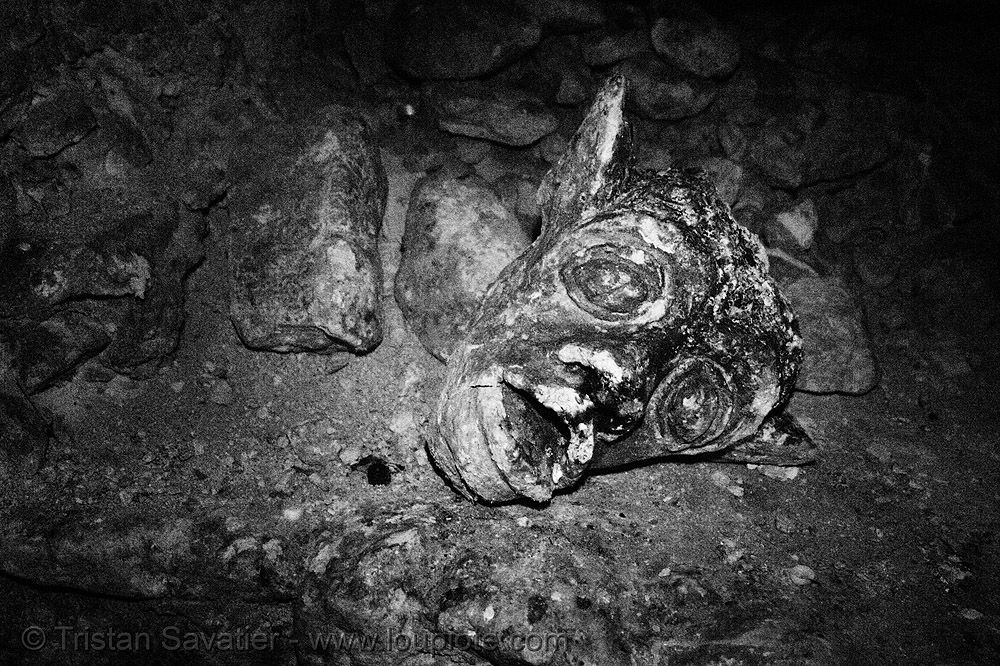 gargoyle - catacombes de paris - catacombs of paris (off-limit area), broken, catacombs of paris, cave, gargoyle, head, trespassing, underground quarry