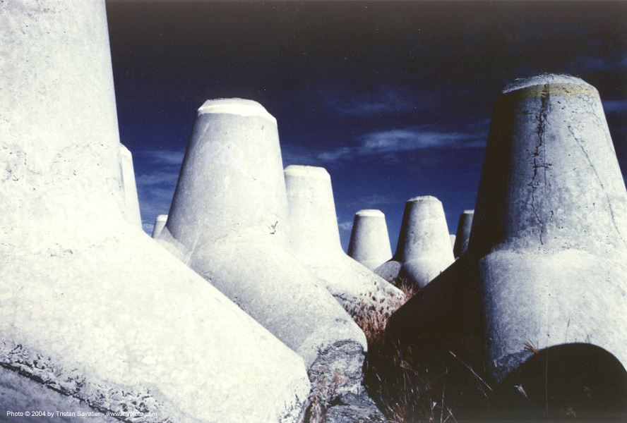 concrete tetrapods, civil engineering, concrete tetrapods, construction, la reunion, near infrared, reunion island, underwater foundations