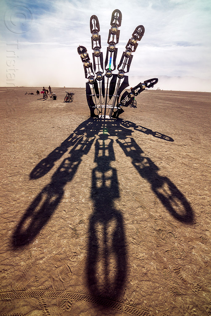 giant hand - awakening - burning man 2016, art installation, awakening, burning man, hand