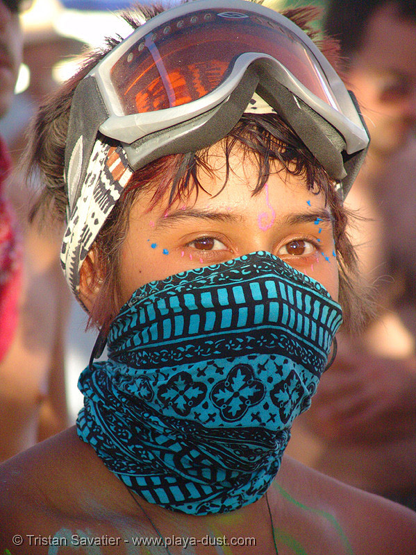 girl with bandana mask - sol - burning-man 2005, bandana, burning man, face mask, goggles, masked, solena, woman