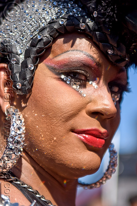 glittery drag queen, drag queen, folsom street fair, glitter, glittery, lipstick, make-up, man, transvestite