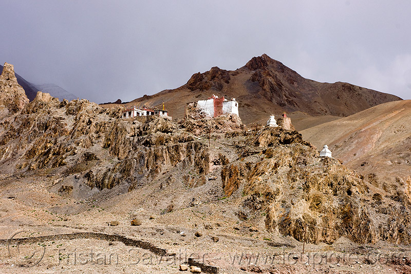 gompa (monastery) near upshi - manali to leh road (india), ladakh, leh valley, mountains, tibetan monastery