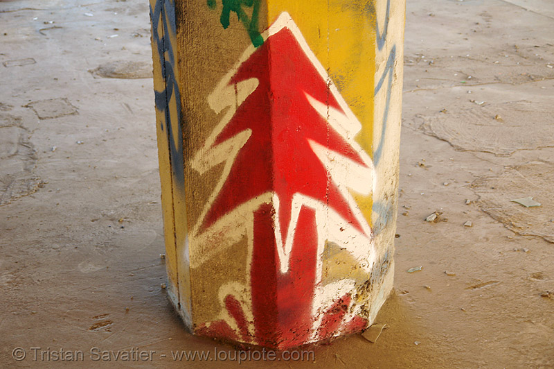 graffiti on column in abandoned factory, abandoned factory, column, derelict, graffiti, industrial, pillar, plant trees, plantrees, red, street art, tags, tie's warehouse, trespassing