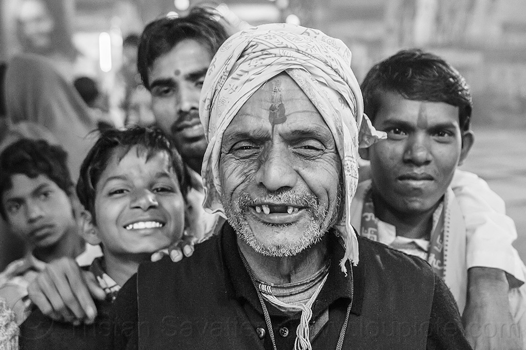 grandfather and his grandson (india), children, family, grand-father, grand-son, group, headdress, hindu pilgrimage, hinduism, india, kids, maha kumbh mela, men, night, old man, pilgrims, tilak, turban
