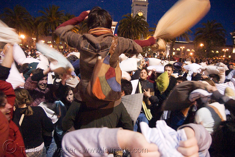 the great san francisco pillow fight 2008, down feathers, night, people, pillow fight club, pillows, world pillow fight day