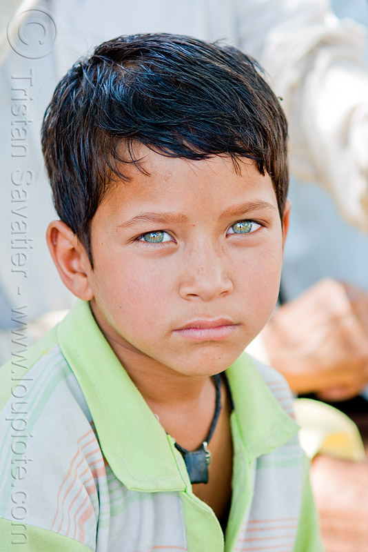 green eyed boy, boy, green eyed, green eyes, orchha