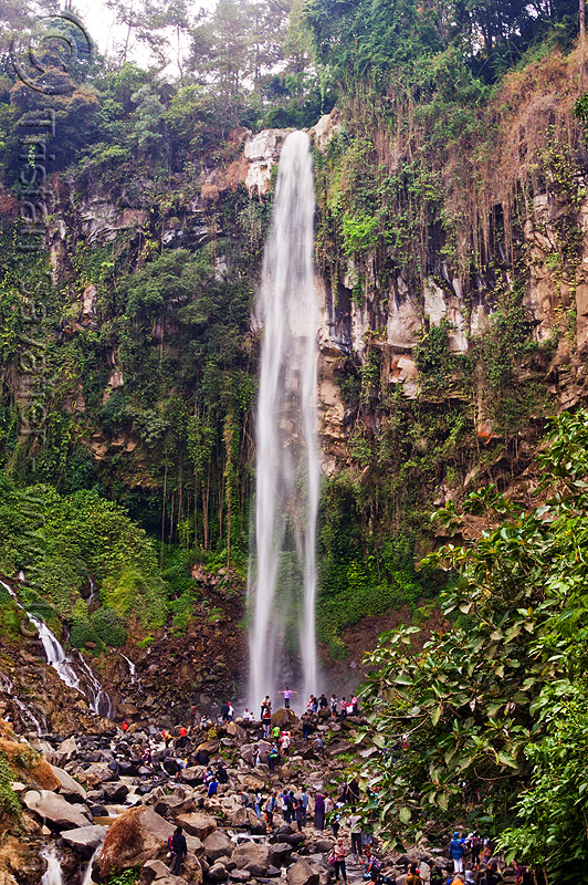 grojogan waterfall, crowd, falls, grojogan sewu, java, mountains, people, rocks, water