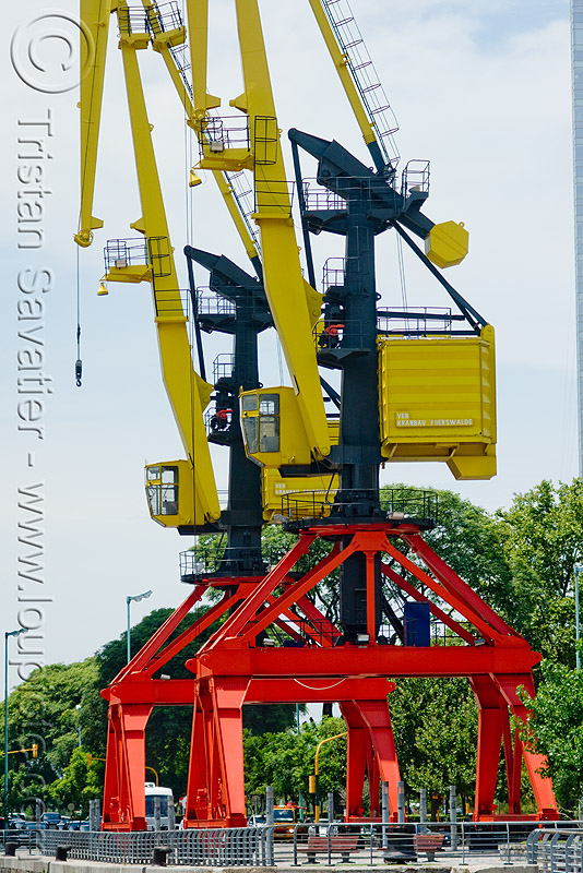 harbor cranes, harbour crane, level luffing cranes, portainers, red, two, yellow