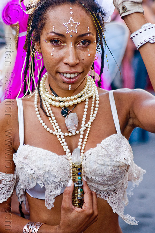 healer with quartz crystal, bindis, burning man decompression, kalikia, necklaces, quartz crystal, woman