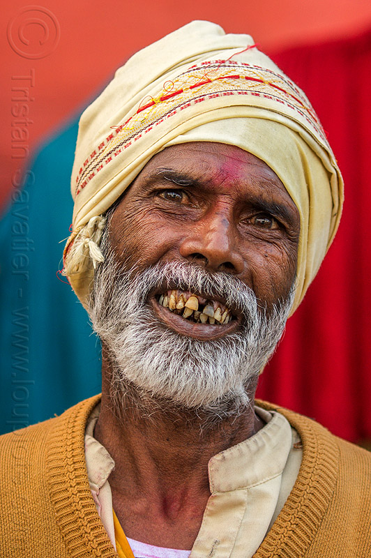 hindu man (india), headdress, hindu, hinduism, india, man, teeth, tilak, turban, varanasi, white beard