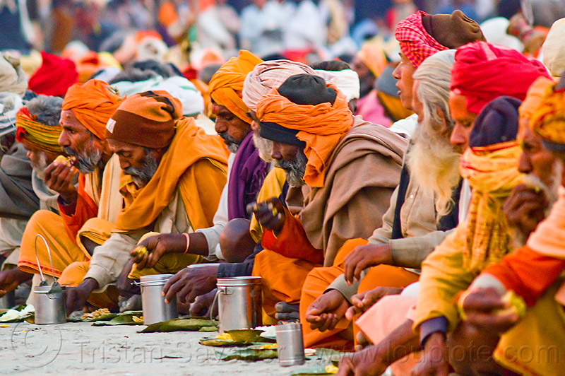 hindu pilgrims eating holy prasad - kumbh mela 2013 (india), ashram, bhagwa, crowd, dinner, eating, food, hindu pilgrimage, hinduism, holy prasad, india, maha kumbh mela, men, pilgrims, rows, saffron color, sitting