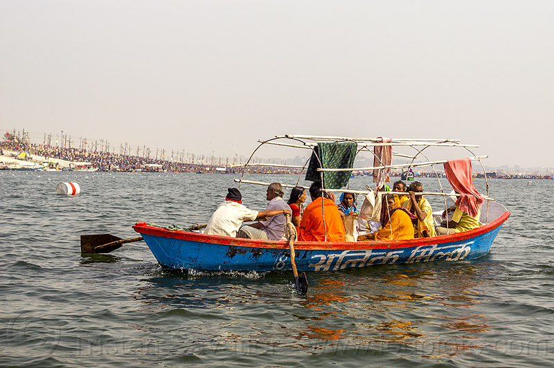 hindu pilgrims on row boat on the ganges river at sangam - kumbh mela (india), ganga river, ganges river, kumbha mela, maha kumbh mela, paush purnima, pilgrims, river boats, rowing boat, small boat, triveni sangam, water, yatris