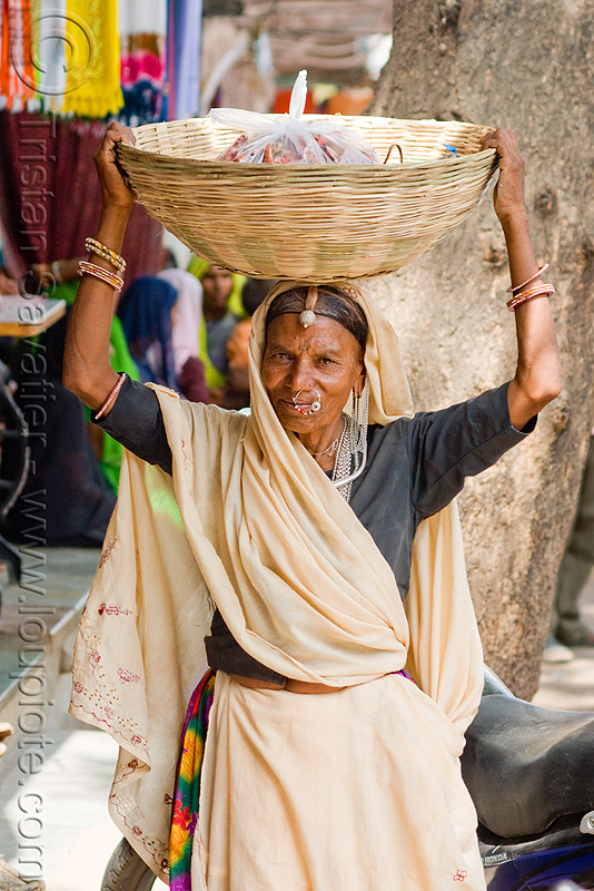 woman carrying basket on head (india), basket, carrying on the head, rattan, sailana, saree, sari, woman