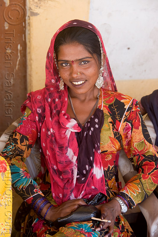woman - pushkar (india), people, saree, sari