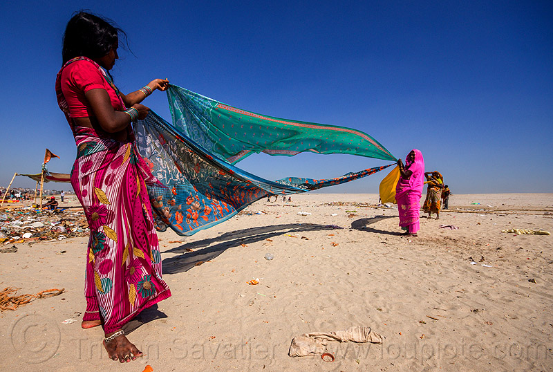 hindu women drying saris in the wind - varanasi (india), beach, drying, river bank, sand, saree, sari, varanasi, wind, women