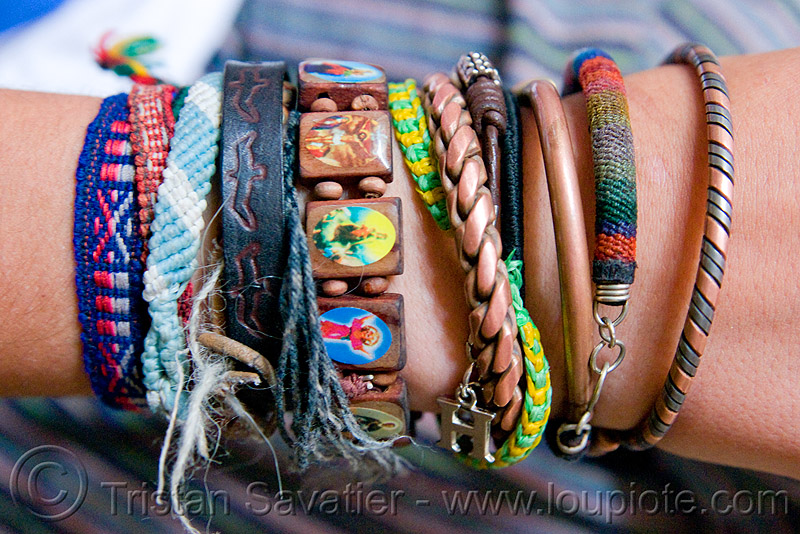 hippie bracelets, arm, brass, buenos aires, friendship bands, friendship bracelets, harriet, hippie bracelets, jewelry, metal bracelets, woman, wood beads, wrists, youth fashion