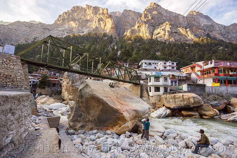 huge boulders in bhagirathi river - gangotri (india), bhagirathi river, bhagirathi valley, boulders, bridge, gangotri, india, men, mountains, river bed, rock, truss