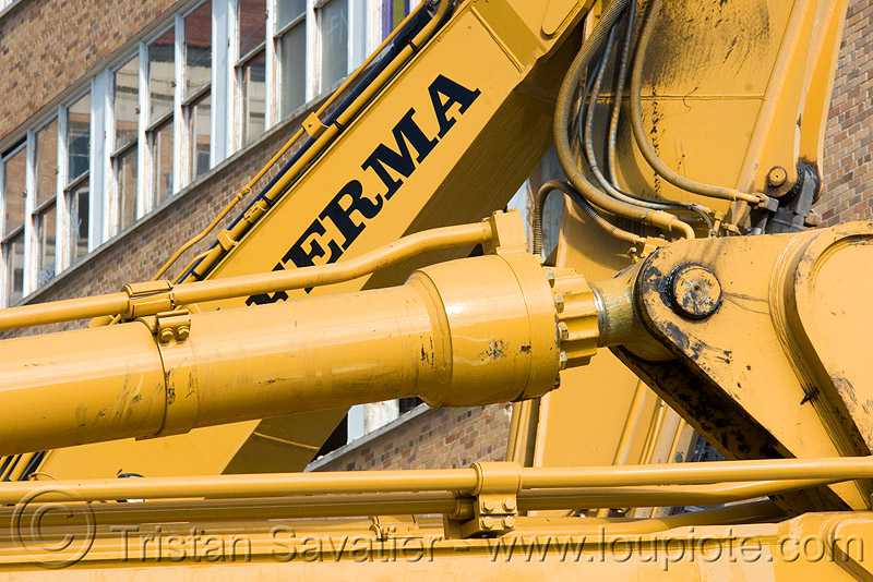 hydraulic machineries - building demolition, abandoned building, abandoned hospital, excavators, ferma corporation, heavy equipment, hydraulic cylinder, machinery, presidio hospital, presidio landmark apartments