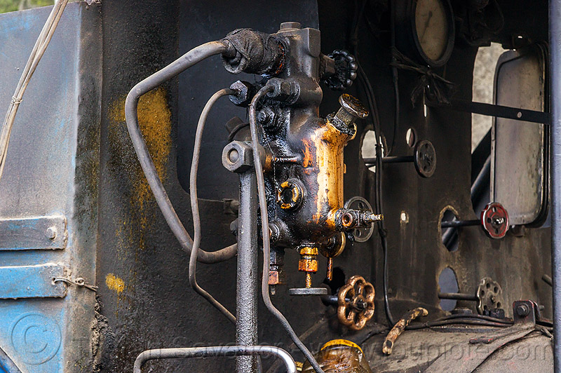 hydrostatic displacement lubricator of steam locomotive (india), cab, darjeeling toy train, railroad, steam engine, steam train engine, valves