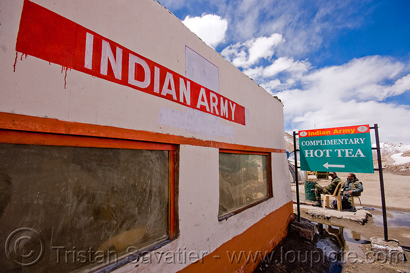 indian army complementary hot tea - chang-la pass - ladakh (india), chang pass, chang-la pass, hot tea, india, indian army, ladakh, sign