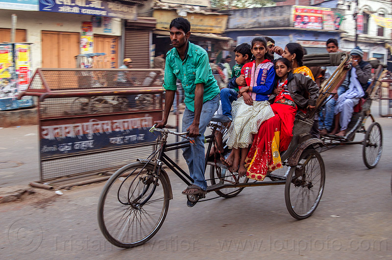 indian family on cycle rickshaw (india), children, couple, cycle rickshaw, family, kids, man, moving, street, varanasi, woman