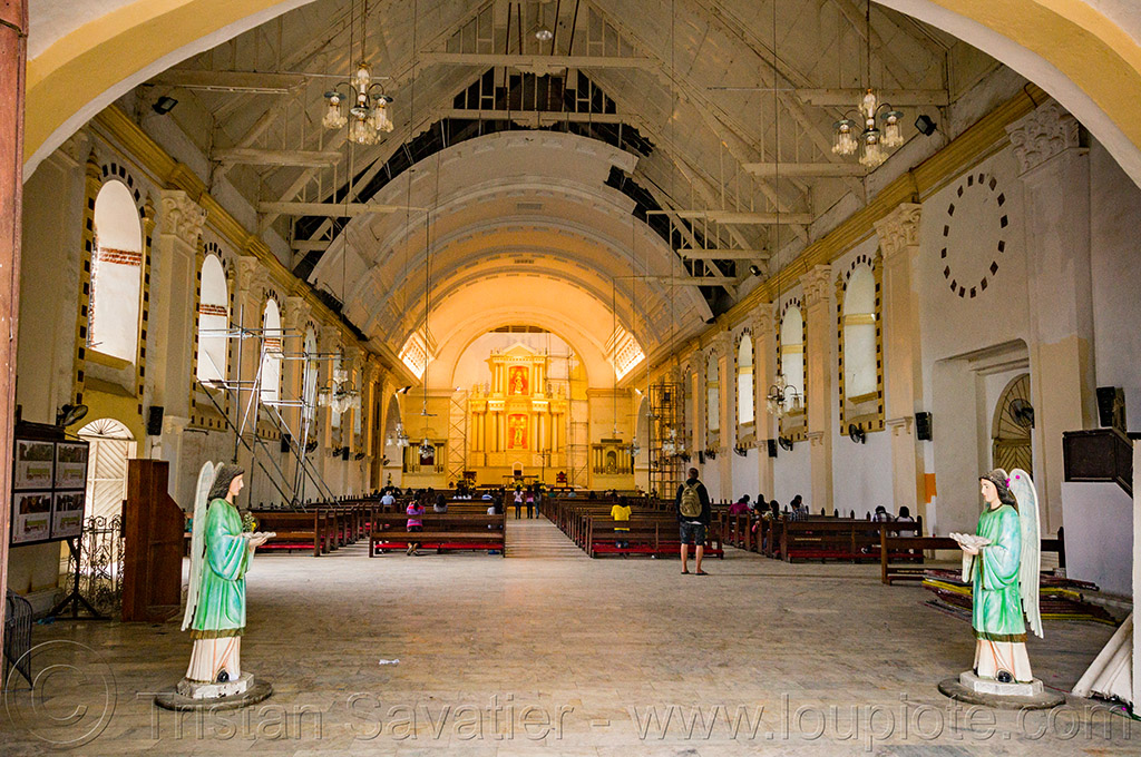 inside the cathedral of tuguegarao (philippines), cathedral, church, inside, interior, philippines, religion, tuguegarao