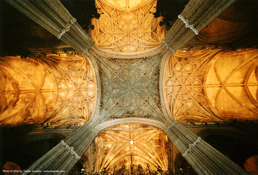 sevilla cathedral, andalucía, architecture, ceiling, columns, perspective, pillars