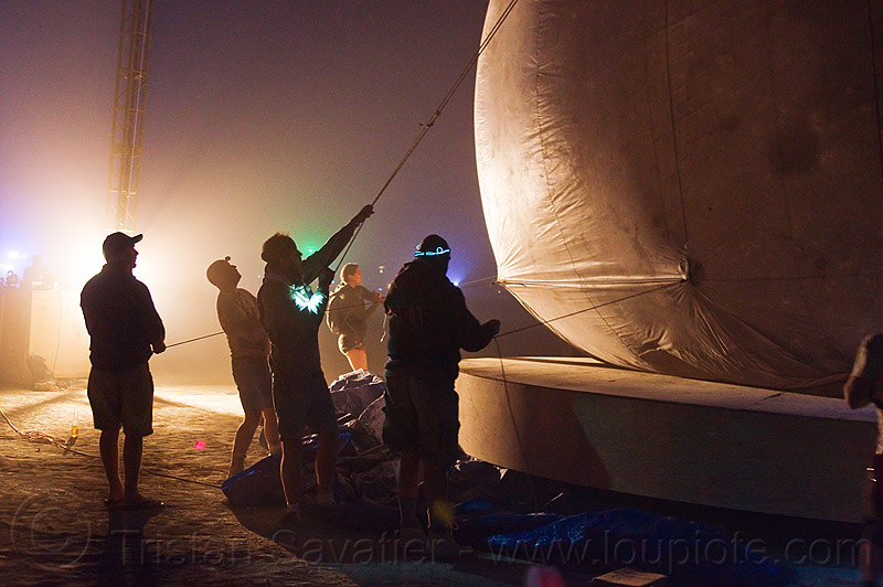 installing the giant inflatable moon - burning man 2012, lune, lune and tide, night, people, silhouettes