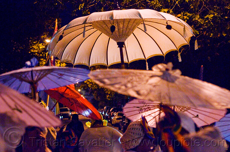 japanese umbrellas, day of the dead, dia de los muertos, halloween, night