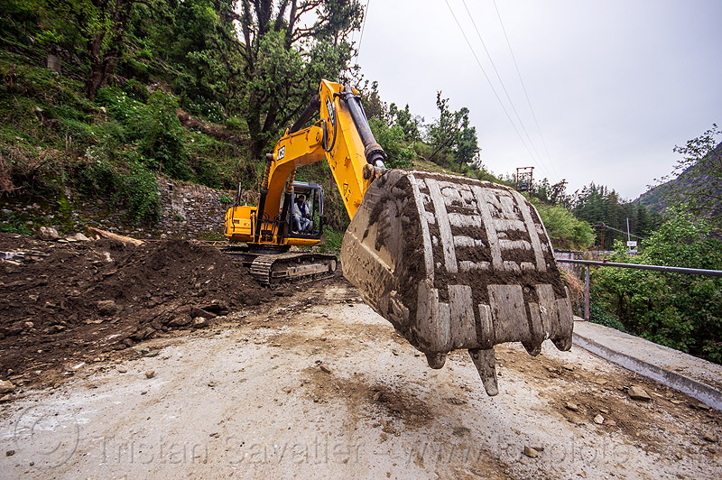 JCB JS200 excavator clearing landslide (india), at work, bucket attachment, construction, excavator bucket, heavy equipment, hydraulic, js200hd, machinery, man, people, road, road construction, roadwork, worker, working