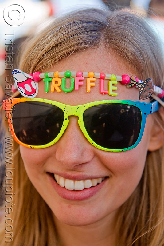 kandi kid - truffle, clothing, fashion, kandi kid, kandi raver, lovevolution, sunglasses, truffle, woman