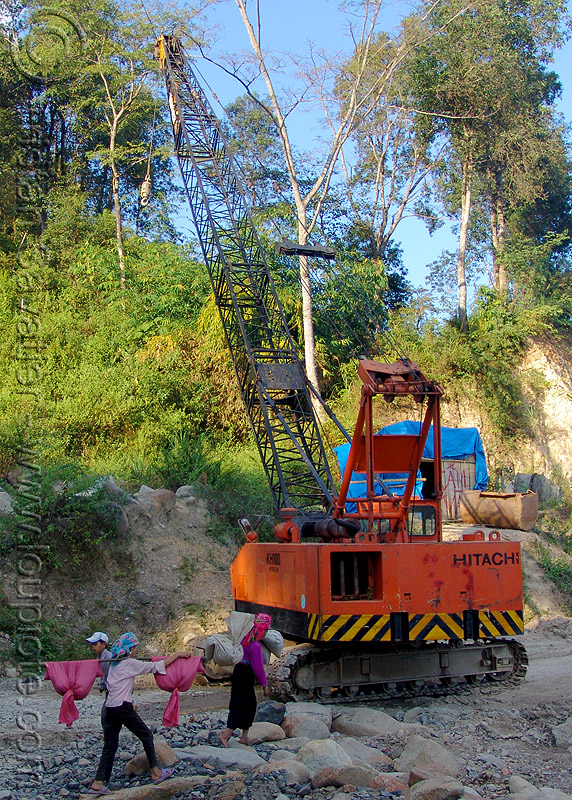 KH100 hitachi crawler crane - road construction - vietnam, crane crawler, heavy equipment, hitachi crane, hydraulic, kh100, machinery, road construction, tracked crane