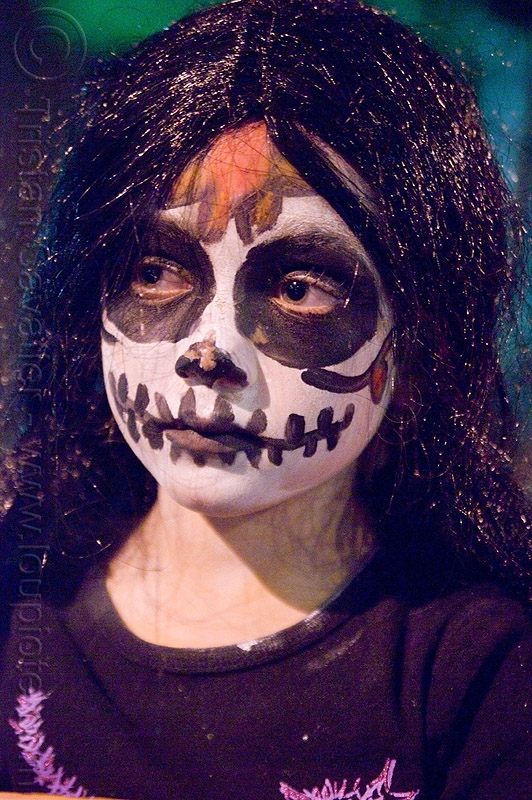 kid with skull makeup - dia de los muertos - halloween (san francisco), child, day of the dead, dia de los muertos, face painting, facepaint, halloween, kid, night, sugar skull makeup