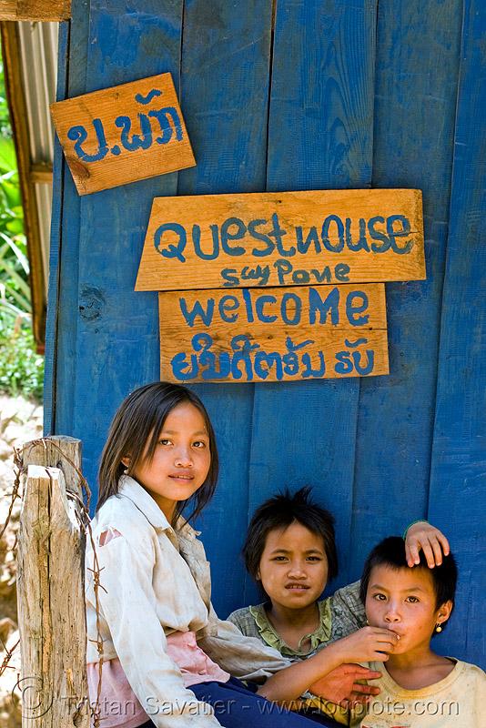kids at blue guesthouse (laos), boy, children, girl, pak mong, people